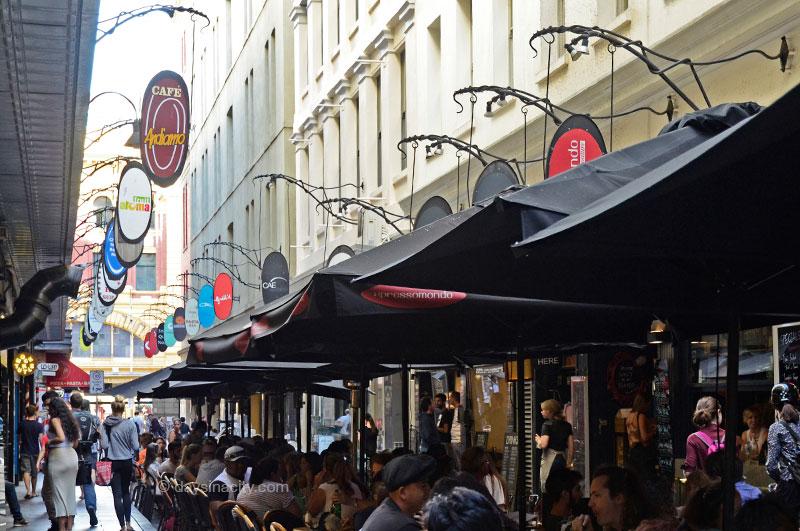 Cafe's in Degraves St