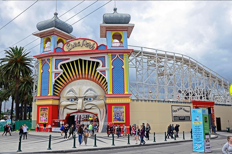 Melbourne - Luna Park at St Kilda
