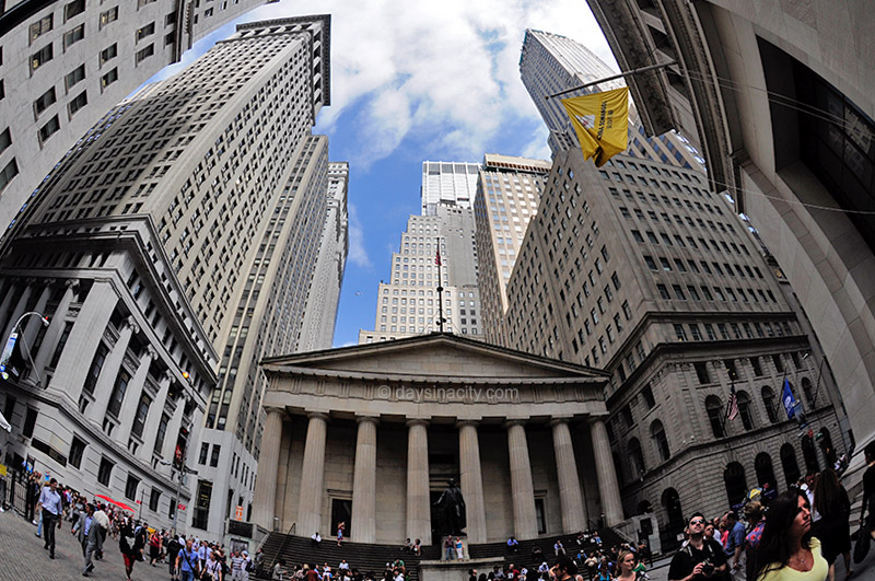 Wall St - Financial District